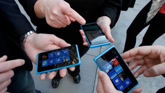 – Windows Phone vil passere BlackBerry