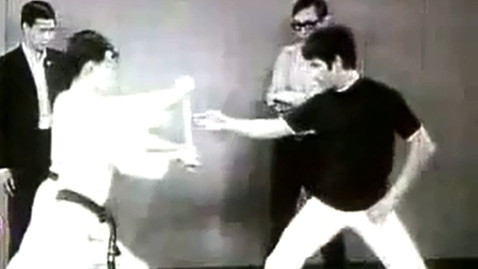 Slik tok Bruce Lee sin «One-inch punch»