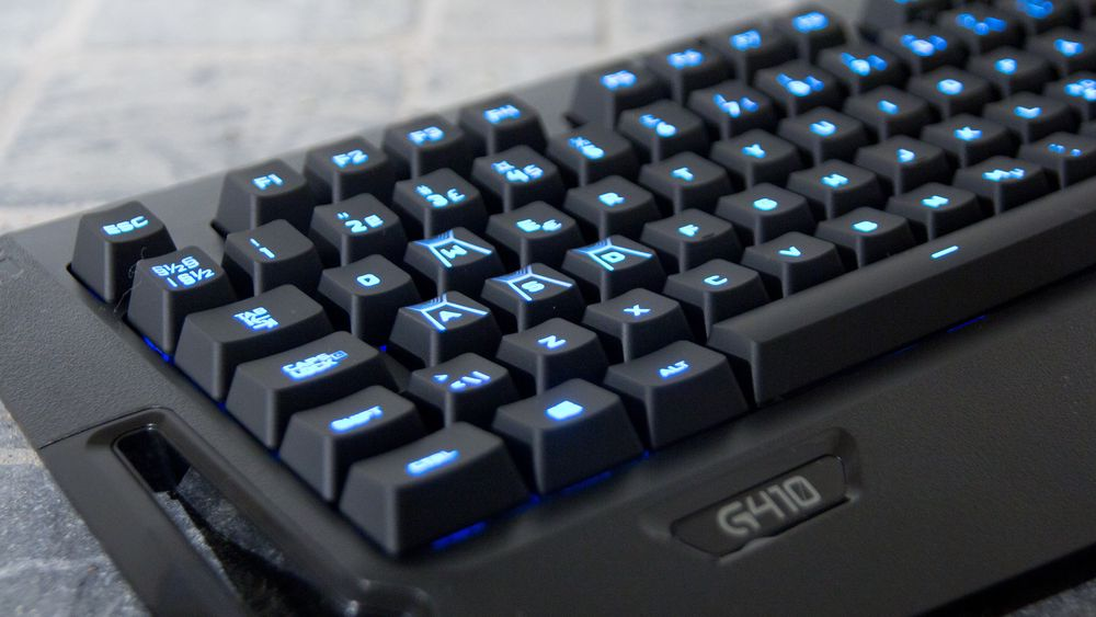 TEST: Logitech G410 Atlas Spectrum