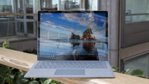 Surface Laptop er fullt på høyde med MacBook Pro
