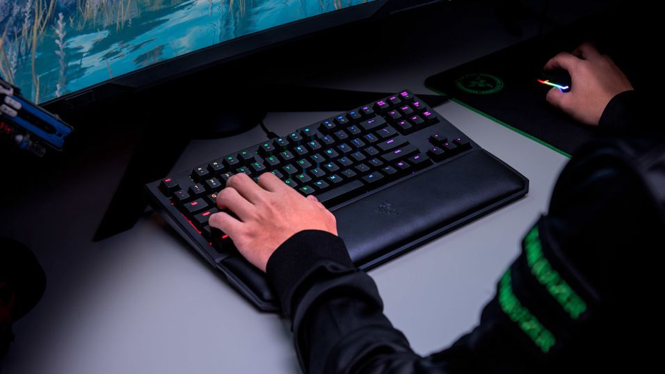 Razer BlackWidow Tournament Edition Chroma V2.