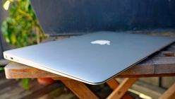 – Apple skal lansere en billigere MacBook Air